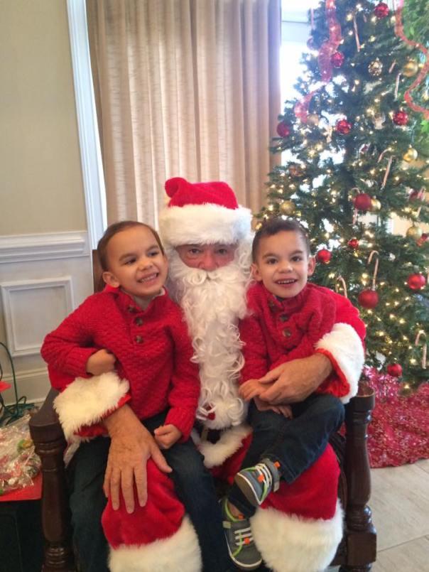 Twins Santa 2017